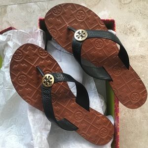 02a43244890d6 Women s Black Tory Burch Sandals